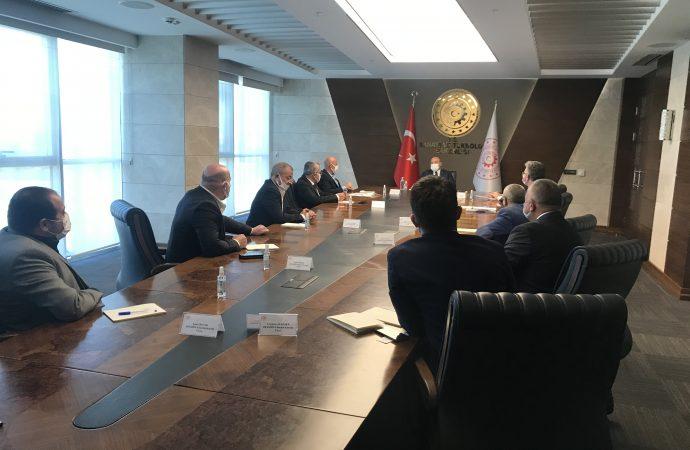 DESMÜD Yönetimi Sanayi ve Teknoloji Bakanı Sayın Mustafa Varank ve Bakan Yardımcısı Sayın Hasan Büyükdede'yi ziyaret etti.